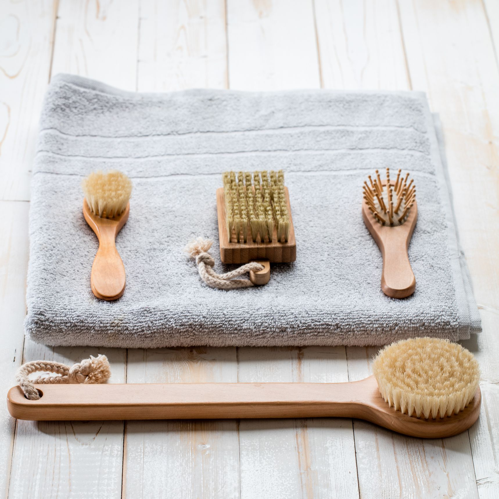 Dry Brushing 101 Everything You Need To Know