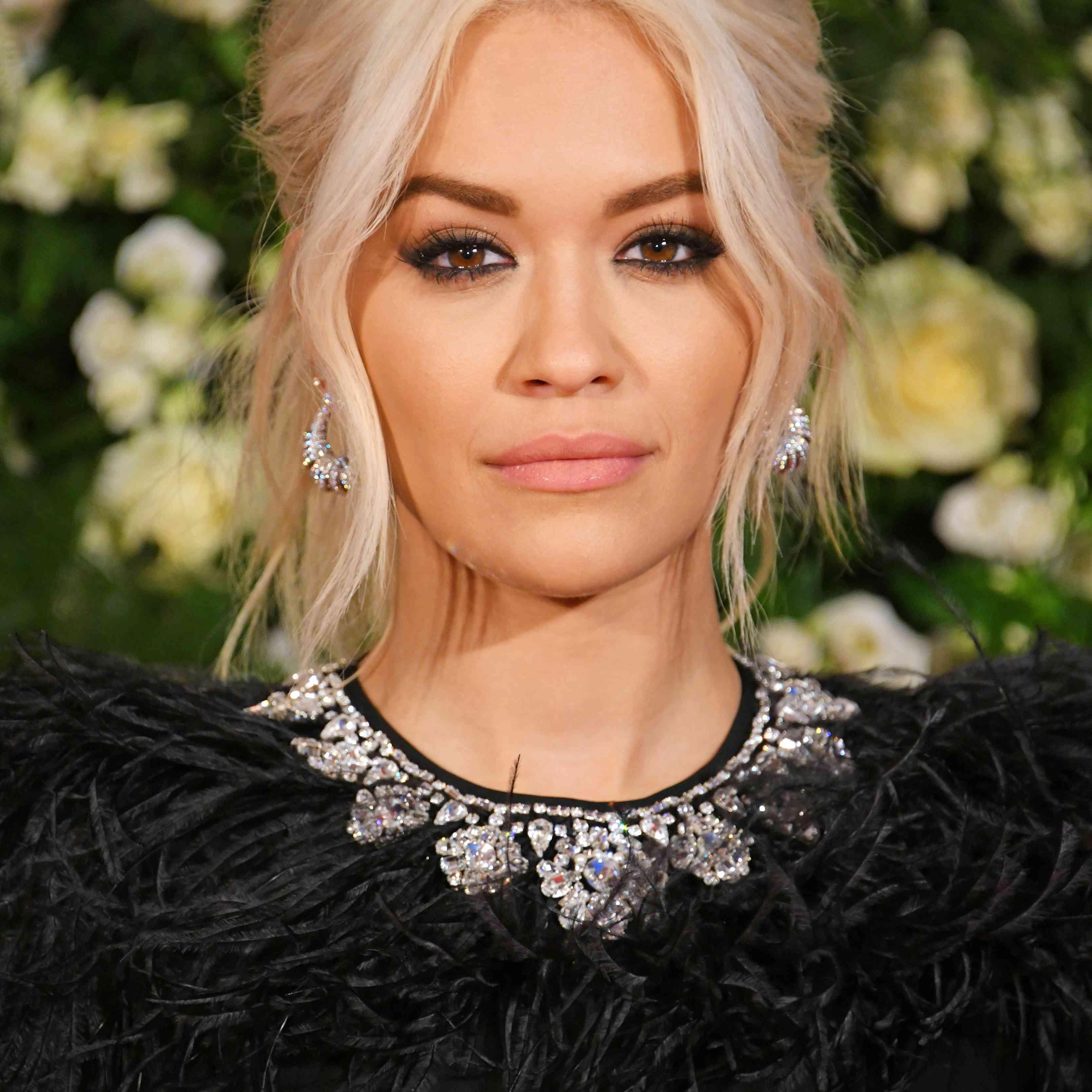 Rita Ora Blonde Hair