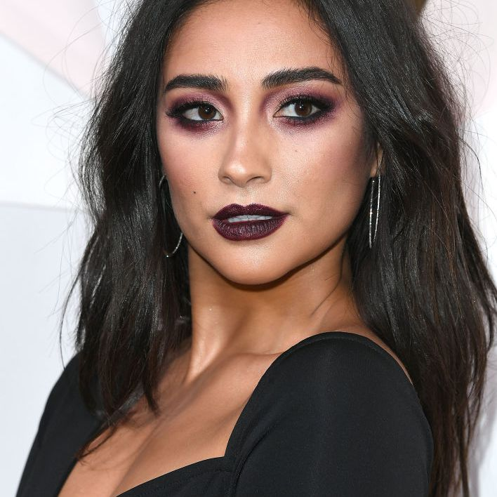 Shay Mitchell long, textured hair