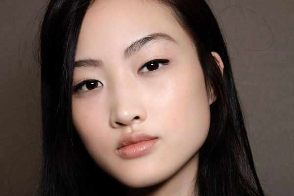 Seriously: These Eye Makeup Tips Are a Must for Hooded Eyes
