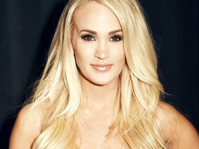 Carrie Underwood Reveals Her Face Post Stitches