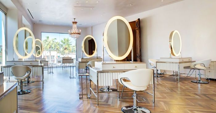 A Houston Beauty Blogger Shares Her Favorite Local Hair Salons