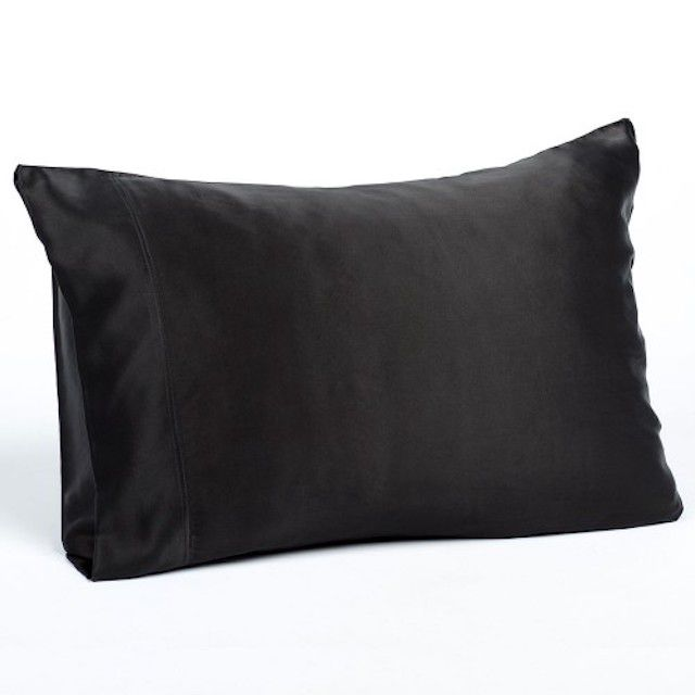 The 12 Best Silk Pillowcases Of 2020