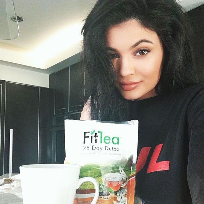 Kylie Jenner with FitTea Detox