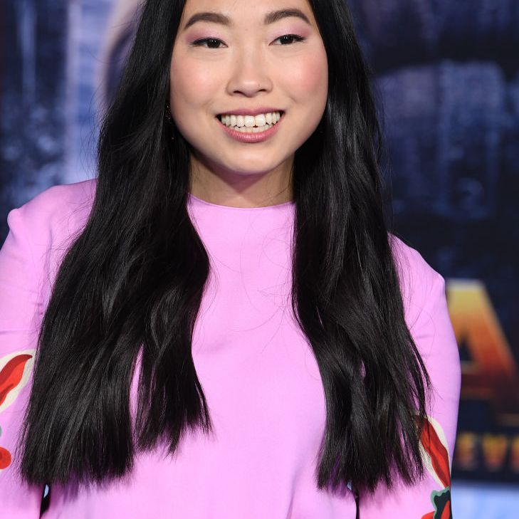 Awkwafina long glossy hair with slight wave