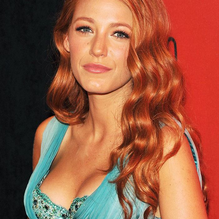 Blake Lively Hair: Red curls