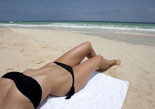 how to shave bikini line