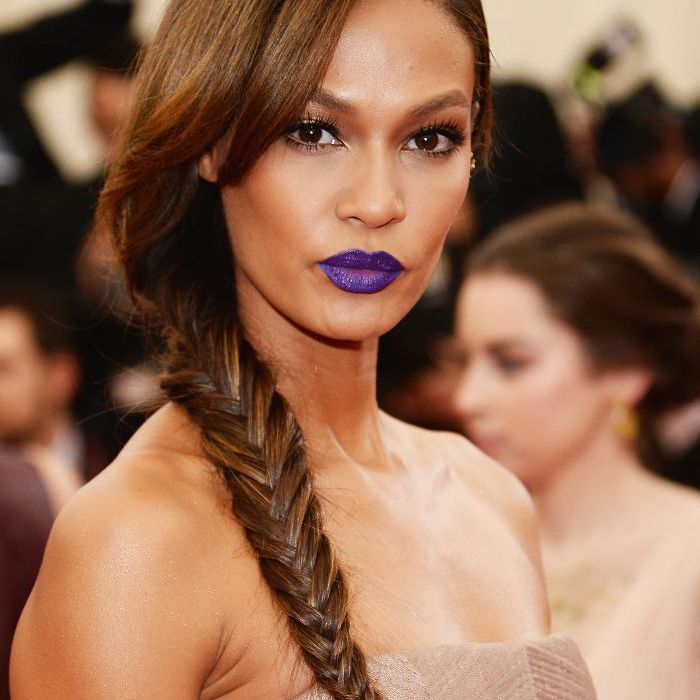 Easy Braids: How to Do a Fishtail