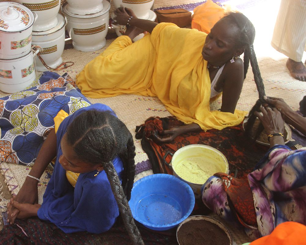 Women in Chad practicing Chebe
