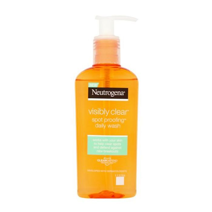 jaw acne: Neutrogena Visibly Clear® Spot Proofing™ Daily Wash