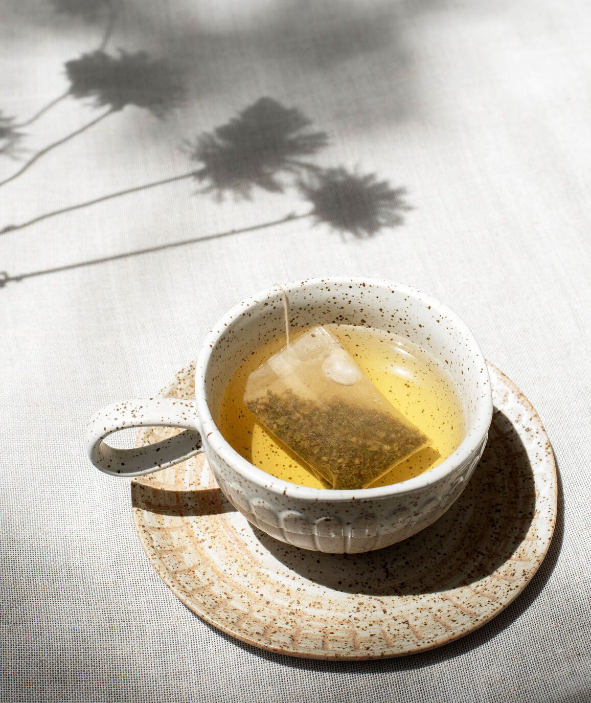 11 Teas to Help Reduce Bloating