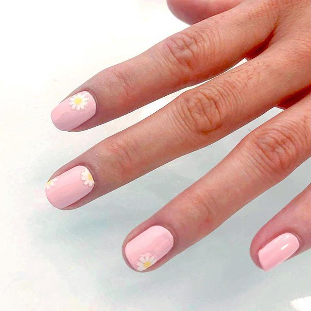 16 Happy Nail Art Designs That\'ll Boost Your Mood