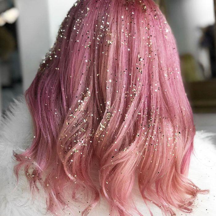 hair glitter ideas - gold and pink glitter