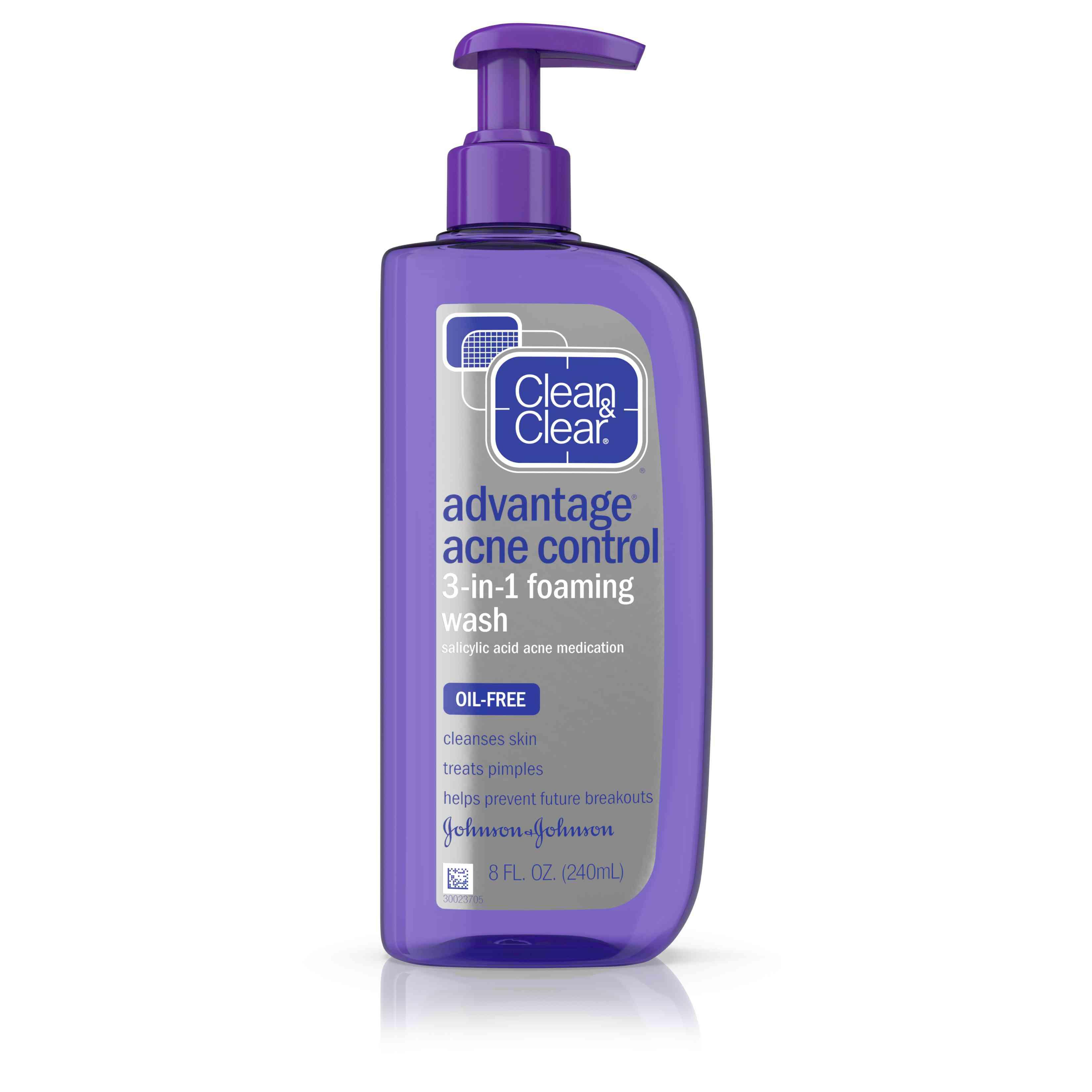 Clean & Clear Advantage Acne Control 3-in-1 Foaming Wash
