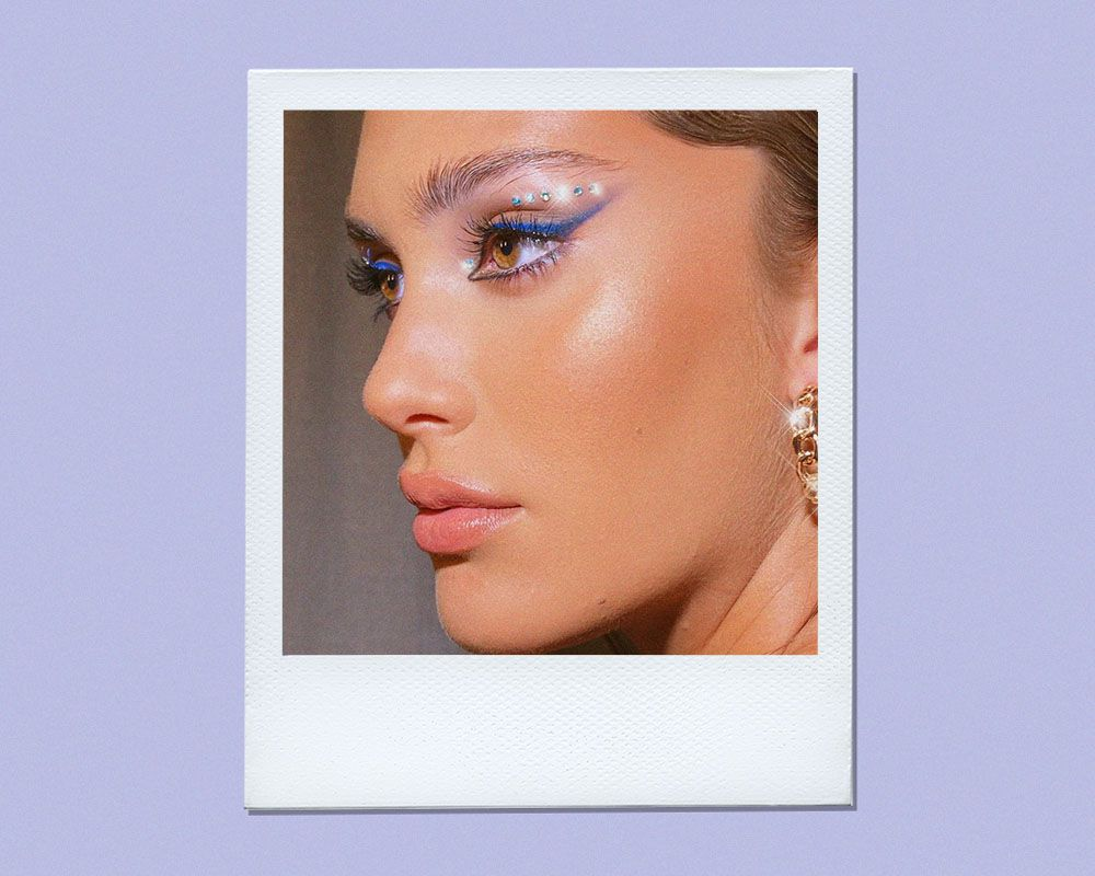 From Twiggy Lashes to Bedazzled lids, These Are the Best Disco Makeup Looks to Try