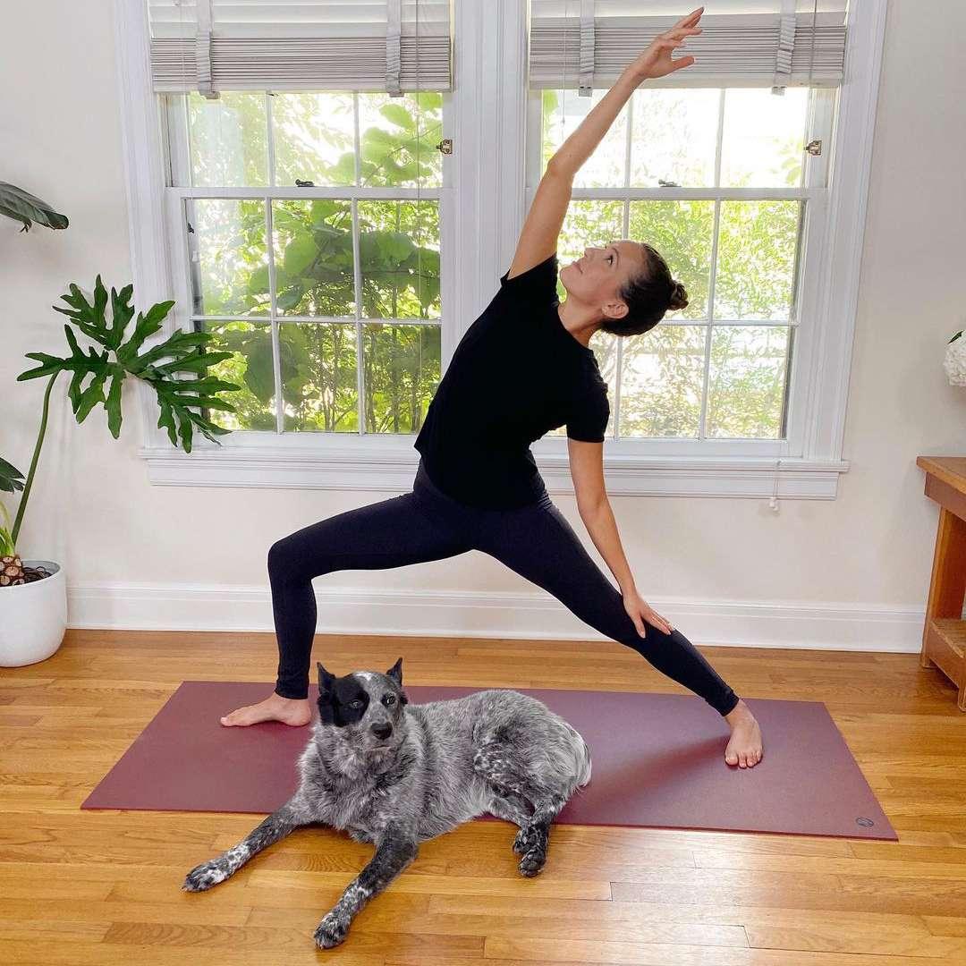 yoga adrienne