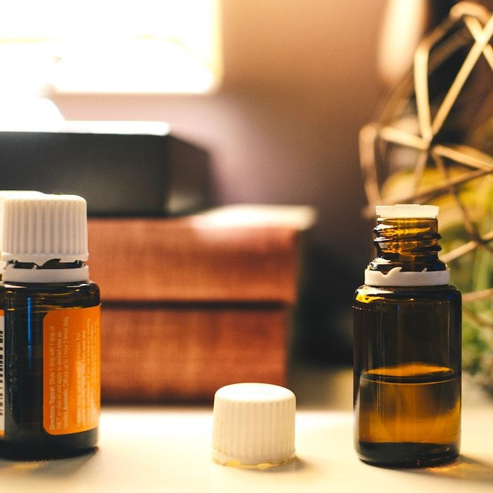 """Meet the """"King of Essential Oils"""" That Eases Anxiety, Boosts Immunity, and More"""