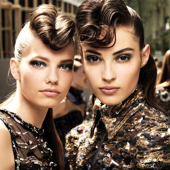 couture autumn winter 2018 beauty trends: models at Chanel