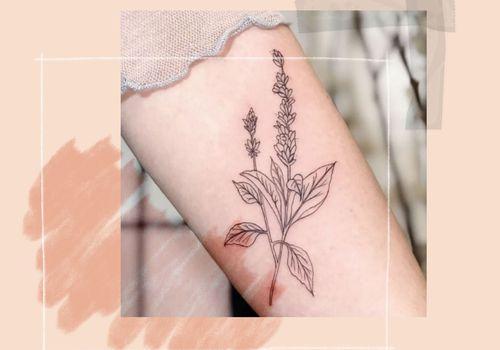 womans tattoo