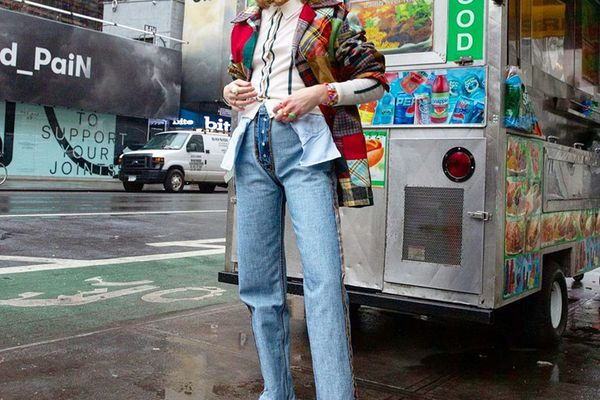 woman in mom jeans
