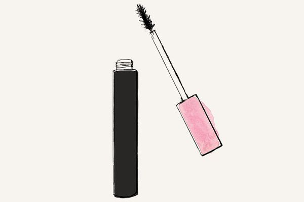 cc87951505b 8 Lengthening Mascaras That Make False Lashes Obsolete