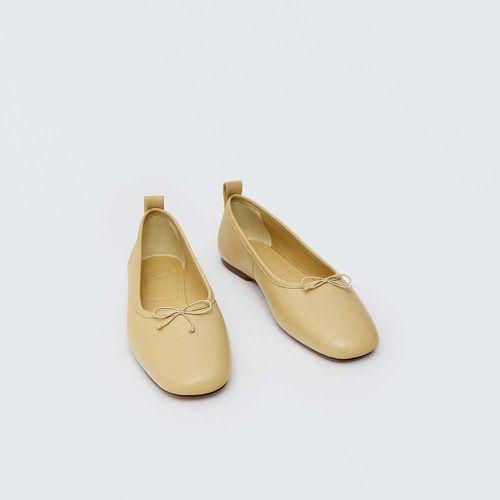Soft Leather Ballet Flats ($119)