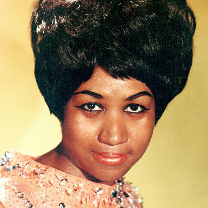 Aretha Franklin 60s makeup