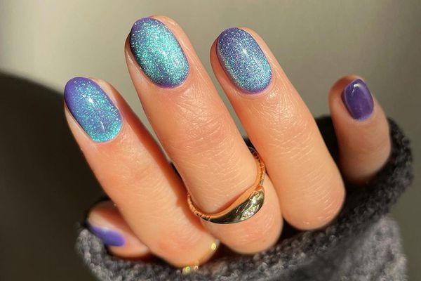 velvet nails manicure