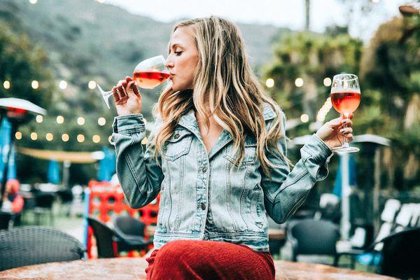 girl-wine-glass