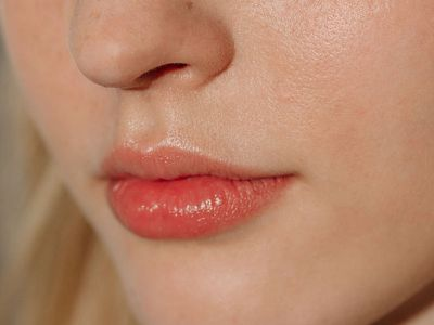 Natural Ways to Plump Your Lips