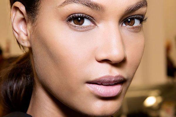 narrow face makeup