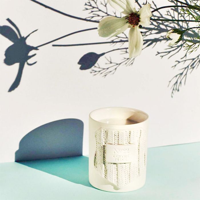 Personalised gifts for friends: no22 bespoke candle