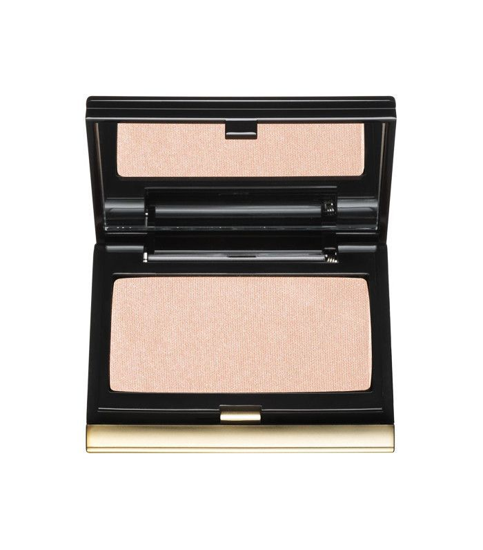 Best highlighter makeup: Kevyn Aucoin The Celestial Powder in Candlelight