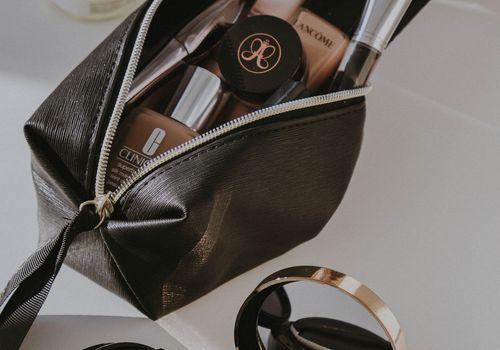 Open Makeup Bag