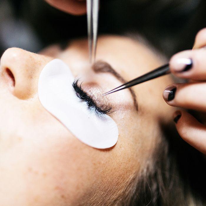 Permanent vs. Semi-Permanent Makeup