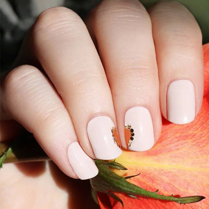 10 Valentine\'s Day Nail Designs That Are Far From Cheesy