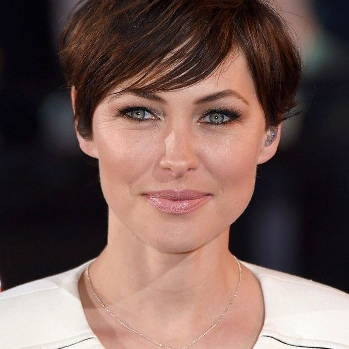 cc6f69d3f5498 Short hairstyles  Emma Willis s short hairstyle works for oval- and  heart-shaped faces