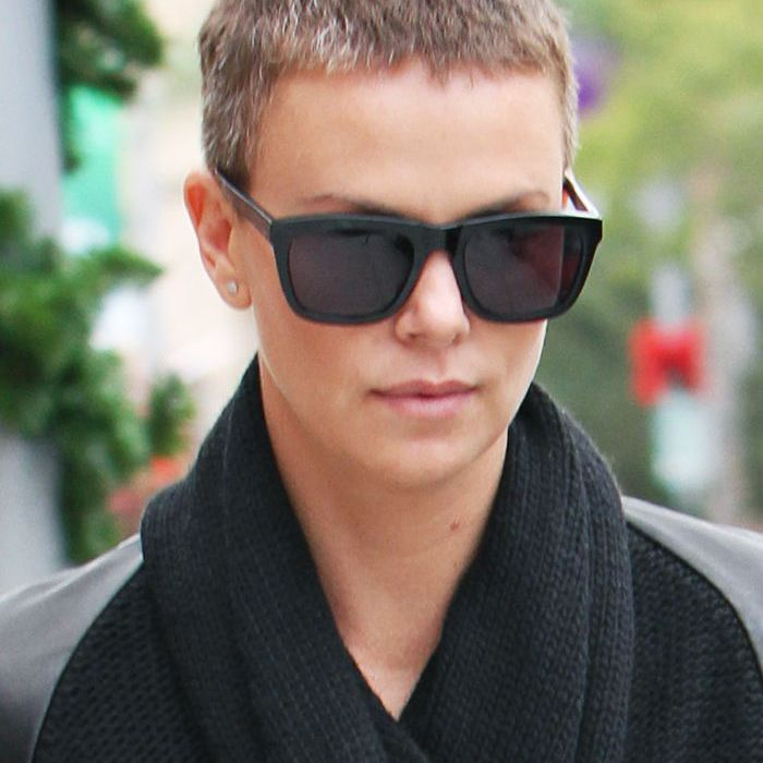 buzz-cut-women: Charlize Theron with a grown-out buzz cut