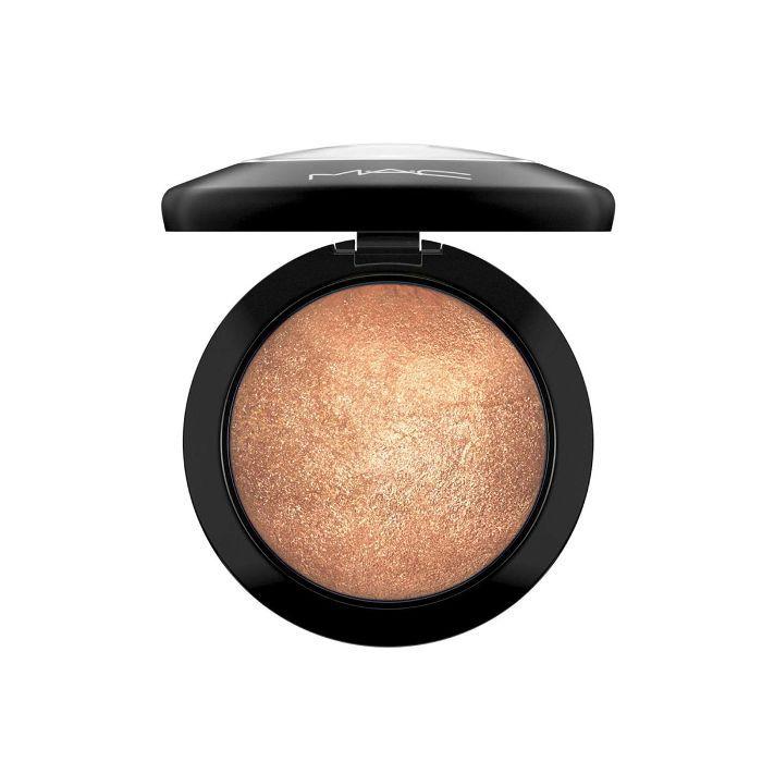 MAC Cosmetics Mineralize Skinfinish in Gold Deposit