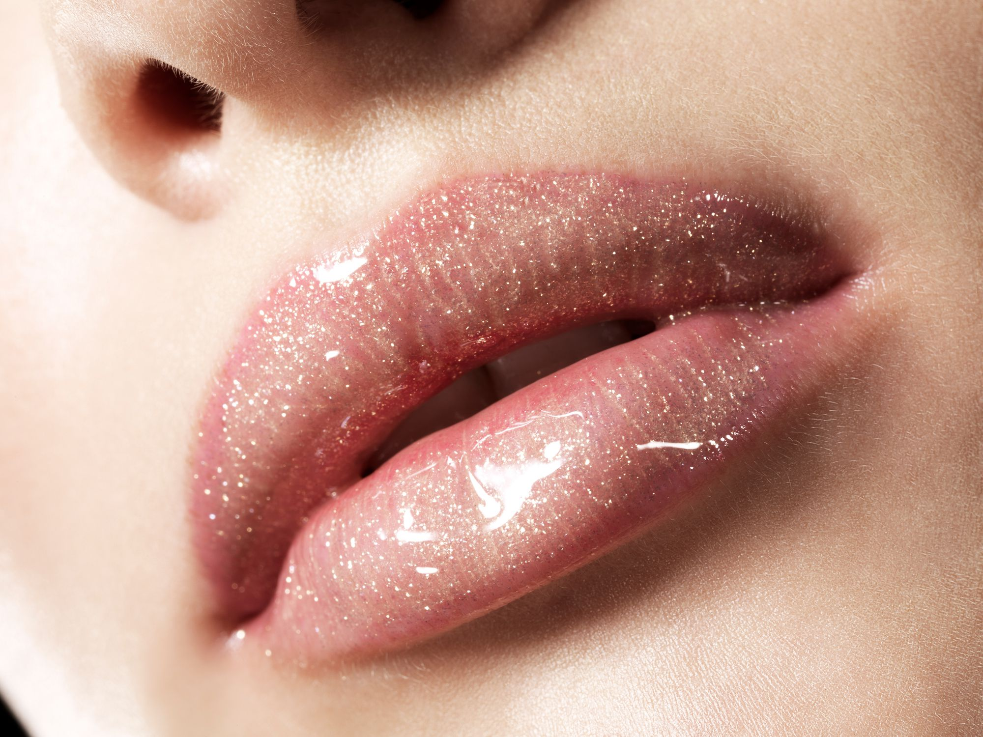 The Best Lip Gloss Tips and Tricks