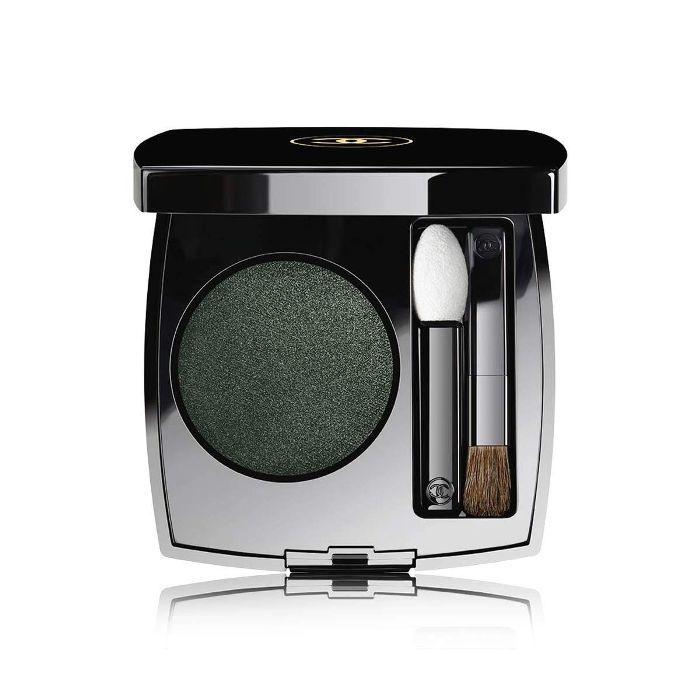 Glossy Eyes How To: CHANEL Ombre Première Longwear Powder Eyeshadow in Verde