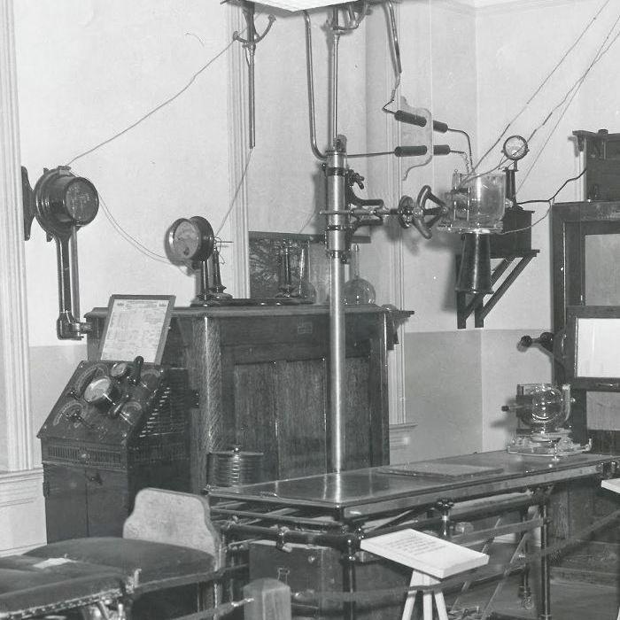 Old x-ray machine