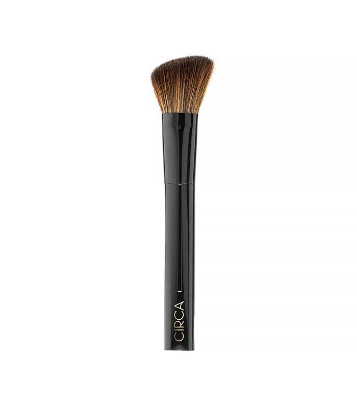 circa-contour-blush-brush