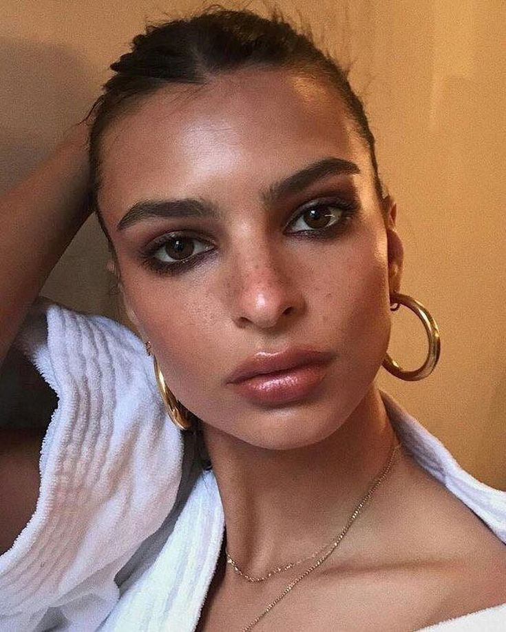50 Glowly Natural Makeup Looks To Recreate On Your Own