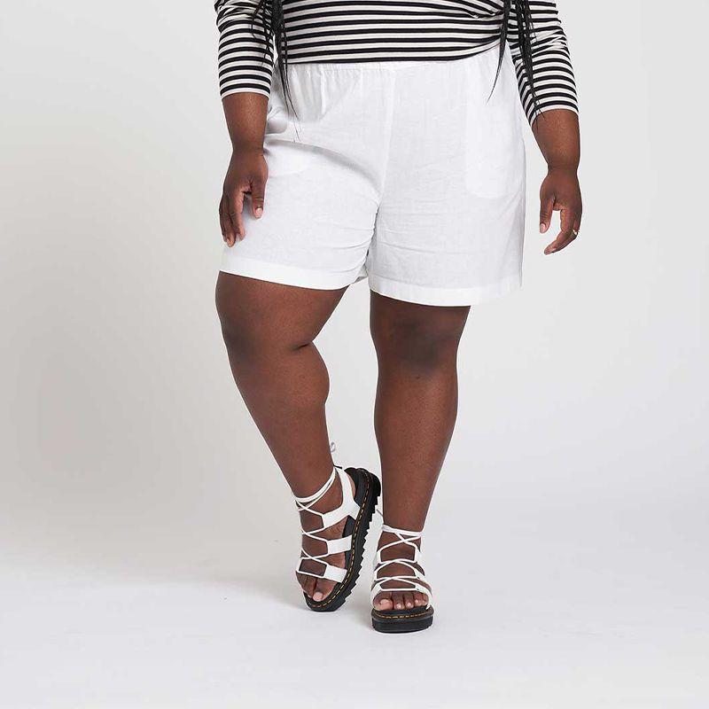 Juniper Linen Easy Pull-On Shorts