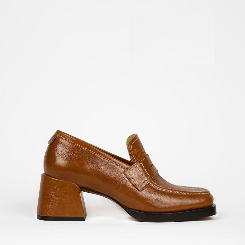 Kitty Loafer Cognac Patent 82 Loafer