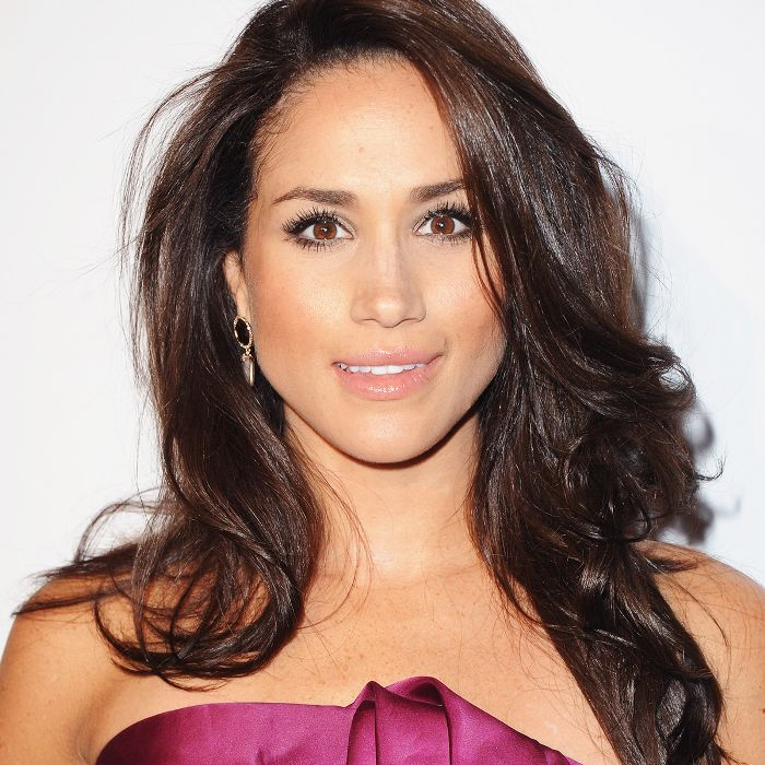 dd56538acf7bd 13 Times Meghan Markle Made Us Want to Copy Her Hairstyle
