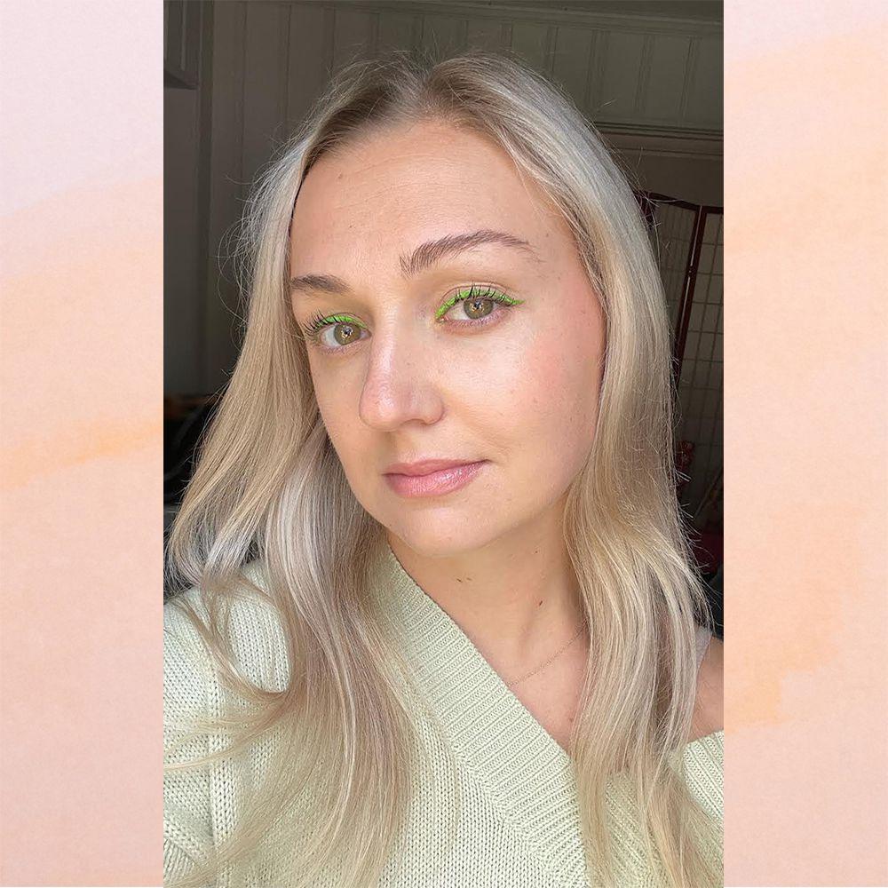 selfie with green eyeliner