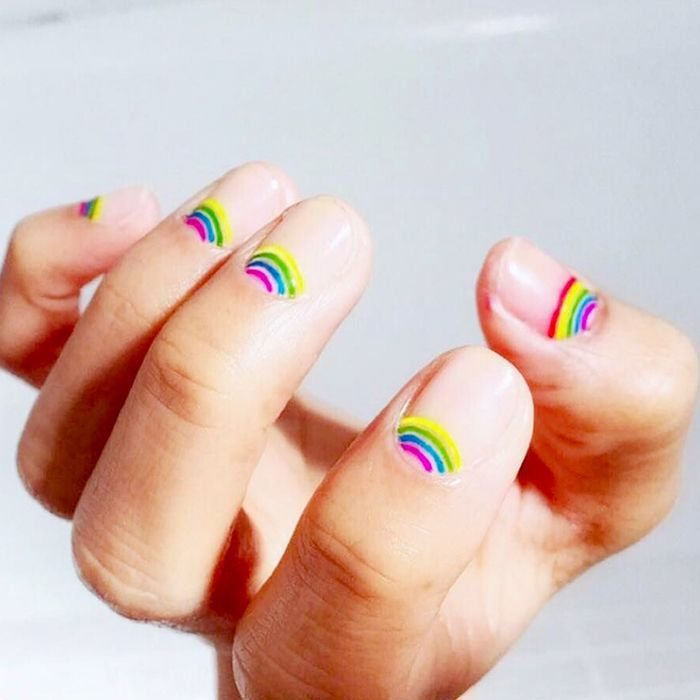 We Re Really Into These 30 Nail Designs For Short Nails