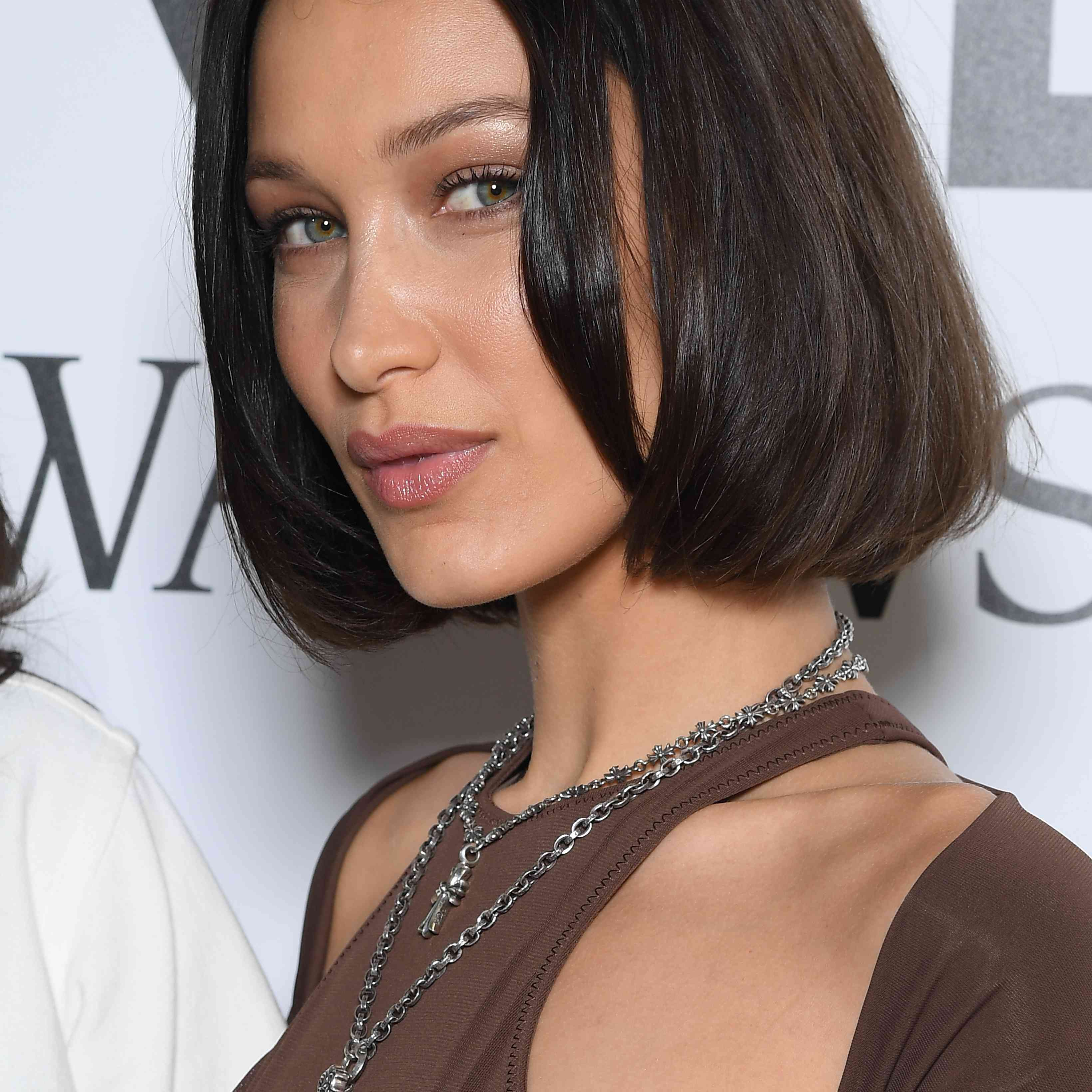 Bella Hadid natural makeup